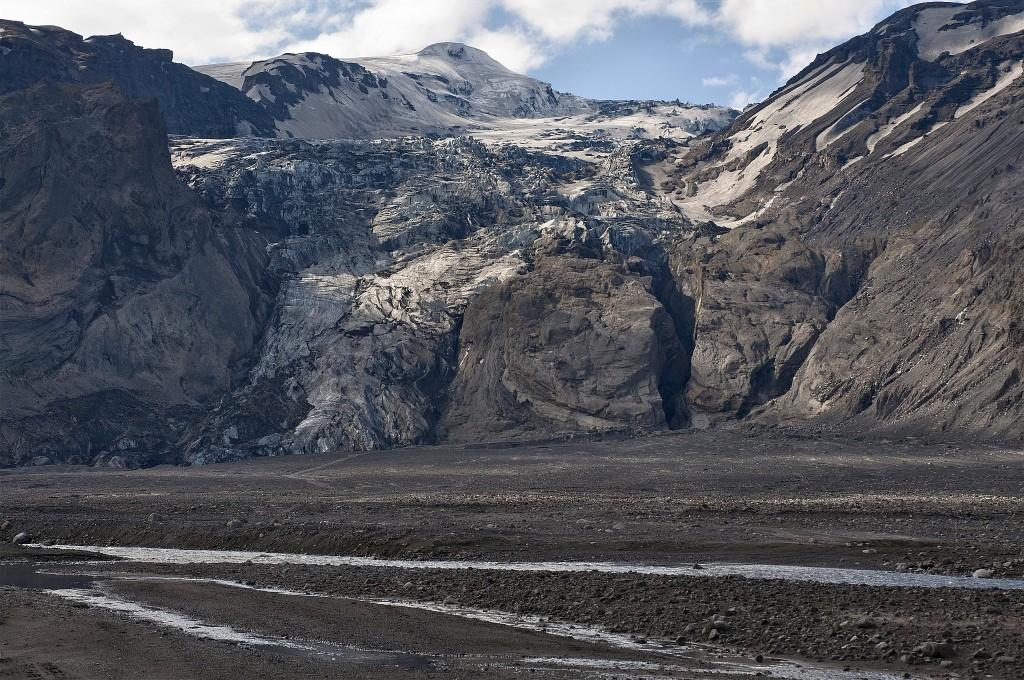 Die Gletscherzunge Gígjökull. 7)